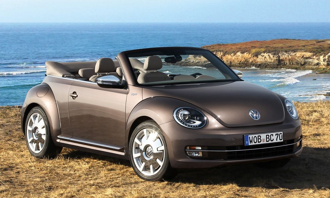 """Volkswagen Beetle Cabriolet """"60s Edition"""" and """"70s Edition"""" 